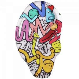 Obra: Ouvindo Palavras <br/><br />Artista: Langa <br/><br />Inspiração do projeto: Ouvindo palavras - traz uma orelha com varias palavras escritas e os personagens formando letras e palavras trazendo uma reflexão que as palavras fazem sentido quando se tem uma percepção e compreensão ao ouvir.<br/><br />Medidas orelha: 160x95x25cm (AxLxP) <br/><br />Medidas base*: 80x60x40cm (AxLxP) <br/><br />Materias: Fibra de Vidro, Tinta Acrílica e Verniz PU. <br/><br />Pode ser exposta em ambiente externo. <br/><br />*A base da escultura também faz parte desse lote. <br/><br />