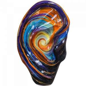 Esperança de Ouvir por Rita Caruzzo<br /><br />Obra: Esperança de Ouvir <br/><br />Artista: Rita Caruzzo <br/><br />Inspiração do projeto: O universo apesar de aparente silêncio..... tem sons. A obra representa a esperança de poder ouvir. <br/><br />Medidas orelha: 160x95x25cm (AxLxP) <br/><br />Medidas base*: 80x60x40cm (AxLxP) <br/><br />Materias: Fibra de Vidro, Tinta Acrílica e Verniz PU. <br/><br />Pode ser exposta em ambiente externo. <br/><br />*A base da escultura também faz parte desse lote. <br/><br />