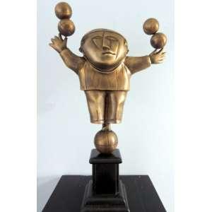 Inos Corradin – Equilibrista – Escultura em Bronze – com 68 cm de Altura
