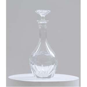 Licoreira em cristal Bohemia Moser, assinado<br />34 cm .<br />