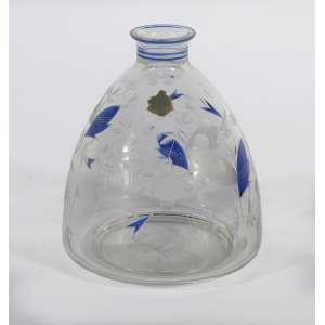Garrafa em cristal Art Deco com detalhes em esmalte azul cobalto, sem tampa<br />16 cm.<br />