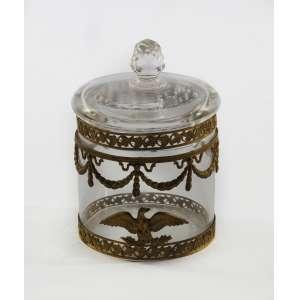 Pequeno pote de toillet estilo Império decorado em bronze com guirlandas, parreiras e águia<br />12 cm.<br />