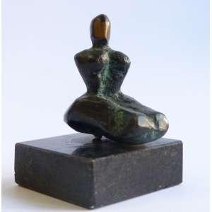 Artista desconhecido - Madona - Escultura em bronze - 6x6cm
