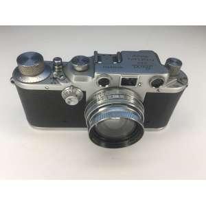 LEICA - WETZIAR - GMBN. LEITZ - 1940 / 45 - LENTE SUMMITAR F - 5 cm 1:2 Modelo III C