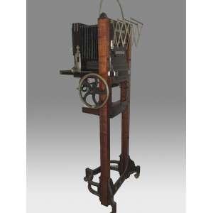 Camera ESTUDIO - 1910 com tripe