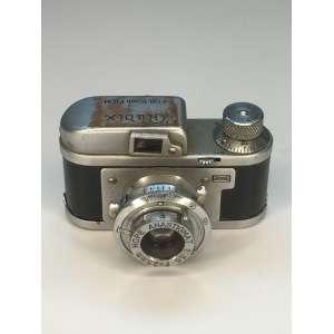 RUBIX 16 - 1950 - Subminiature - 10x14/16mm - F. 3,5 2,8/25mm