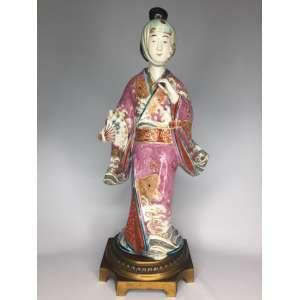 Escultura em porcelana, primeira metade séc. XIX Japão - 38 cm altura - 43 cm de altura com a base
