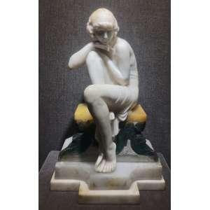 Escola Europeia - Figura Feminina - 60 x 39 cm - Escultura em mármore
