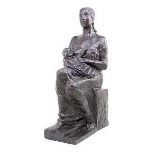 ERNESTO DE FIORI, Importante escultura de bronze patinado, Intitulada MATERNIDADE,tiragem 3/8, datado 1938. Alt. 77 cm.(Peça reproduzida em página inteira no livro Ernesto De Fiori - Uma Retrospectiva; e com certificado de autenticidade)