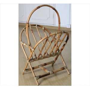 Porta-revistas com estrutura de bambu. Alt. 75 x 42 x 50cm.
