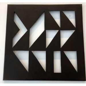 JORGE DOS ANJOS - Símbolos II– 33 x 33 cm – Escultura em ferro – Ass.Verso e Dat.2020