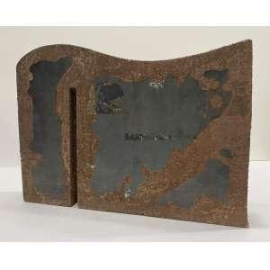 AMILCAR DE CASTRO - Sem titulo - escultura em ferro - 27 x 5 x 38 cm - sem ass. Obs: acompanha certificado do instituto Amilcar de Castro
