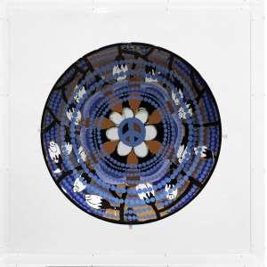 Beatriz Milhazes - Love and Peace - cerâmica - edição 100 - medindo 42cm de diâmetro - (com a caixa acrílica medindo 59x59x12cm.) - datado 2015.