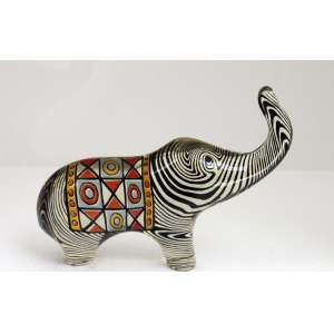 Abraham Palatnik, Elefante colorido, Resina, 11 alt X 15 larg (cm)