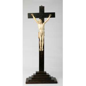 Crucifijo en marfil francés siglo XIX Altura total 44cm