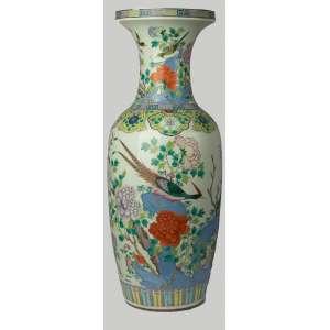 Florero en porcelana china siglo XIX. 88 cm de alto.