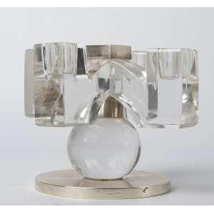 Candelabro en cristal frances de Baccarat con base de bronce plateado circa 1950. Medidas: 13 x 17 cm