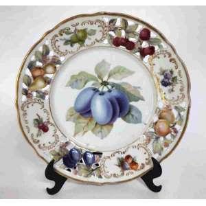 Porcelana da Bavária - Lindo prato decorativo de parede, com borda vazada e linda decoração de frutas. Mede 19 cm