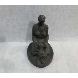 Ernesto De Fiori - Maternidade, escultura em bronze, 26 x 24 cm, 1939, assinado na base. Procedência: família do artista.