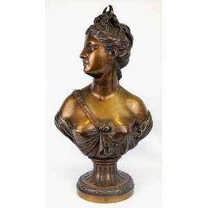 Jean Antoine Houndon - Bela escultura em bronze representando Busto de Diane, circa de 1860, Susse Paris France (apresenta pequenas manchas do tempo no pescoço). Med. 60x34x17cm.