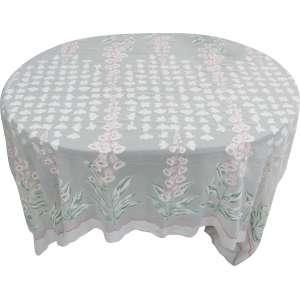 Toalha de mesa com 12 guardanapos com apliques florais coloridos. Med. 3,16x1,64cm.