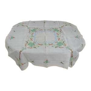 Toalha de mesa com 4 guardanapos em organza com bordados. Med. 1,24x1,24