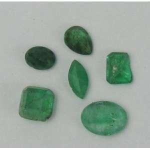 Seis esmeraldas com 2,45cts. Este ítem não se encontra no local do leilão.