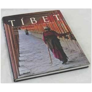 Tíbet, Entre El Ouido y La memoria, prólogo Del Dalai Lama, Editora Blume. Capa dura e sobrecapa. 160 páginas ilustradas. Muito bom estado.