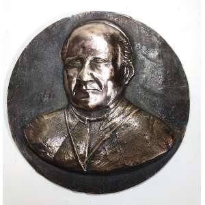 Medalhão em bronze, década de 1930, de feitura do escultor italiano Miguel Langone - 14/04/1892<br />Imagem de PAPA PIO XI (1922-1939). Batina com Mozeta e solidél. Placa em bronze macIço, circular. Medindo 21 cm de diâmetro.<br /><br />