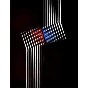 "Lothar Charoux (Viena, Áustria 1912 - São Paulo SP 1987)<br />""Círculo/Vermelho"".<br /> Serigrafia sobre papel. Tiragem 40/100. SP, 1971.<br /> 25X25 cm."