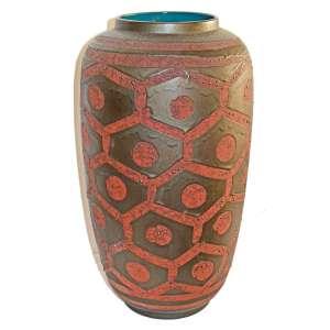 CARSTEN- 435-44- WEST GERMANY POTTERY- Vaso em cerâmica estilo FAT LAVA. Motivo Alvéolos. Alemanha Oriental, anos 1960. <br />45x24x24 cm. <br />FONTE: https://www.potsandpots.com/wgp-companies/carstens/carstens-gallery/<br />http://www.ginforsodditiques.com/wgermanmarks.html