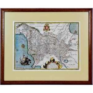 MAPA AQUARELADO SÉCULO XVI ORTELIUS<br />ABRAHAM ORTELIUS (1527-1598) - Florentini Dominii, Fidelissima et Nova Descriptio Auctore D. Stephano Monacho Montisoliveti. Antwerp, 1598. <br />Belo mapa finamente aquarelado a mão da Província de Florença, na Toscana, emitido nas edições Vrients de Ortelius Theatrum Orbis Terrarum. O mapa é centrado na cidade de Florença e se estende até a Ligúria, as Montanhas Apeninos, a costa adriática, Siena e o Lago de Perugia. O mapa é baseado no mapa de Florença e arredores de Stefano Buonsignori, gravado em 1584 por Domenico Vito. O mapa foi enviado a Ortelius por Marcarius no final de 1594 ou início de 1595, pois existe uma carta de Marcarius a Ortelius datada de março de 1595, que pergunta se Ortelius recebeu o mapa. O mapa identifica Stephanus Monachus de Orivieti, como o criador. Com cartouches e navios de títulos decorativos. <br />Medidas: 46 x 57 cm.