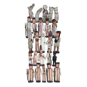 MANUEL GRACIANO - Reisado 25 esculturas em madeira pintada. Ass. Medidas variáveis. 35 cm menor/ 63 cm maior. Com certificado da Galeria Oscar Cruz.
