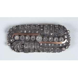 Broche. - Em ouro, prata e diamantes medindo 6 cm de comprimento – peso 15gr. - Europa – Séc.XIX.