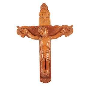 """MESTRE EXPEDITO - """"Crucifixo"""" Escultura em madeira. Assinada. 2012. 80 x 56 cm."""
