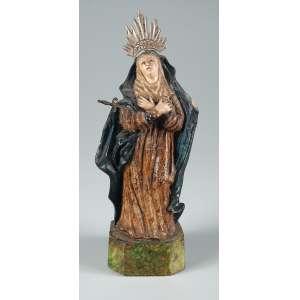 Nossa Senhora das Dores esculpida em barro policromado 19 cm. de altura – Brasil – Séc. XIX.
