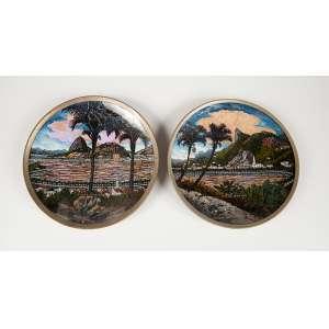 2 pratos iconográficos do Rio de Janeiro, fabricante LIWU medindo 16 cm. de diâmetro em metal.