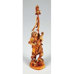 """Excepcional escultura em marfim japonês """"Período Meiji"""" assinado na base representando """"ONIS"""" músico com filhote, com incrustações de madre pérola medindo 27 cm. de altura, peça de colação."""