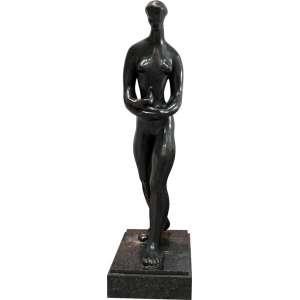 Sônia Ebling - Claridade - bronze - 110 x 26 x 44 - Exemplar reproduzido no livro da artista à página 45. Registrada no Instituto da artista