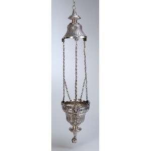 Pequeno lampadário de prata, repuxada e cinzelada, bojo de 16 cm, com cantos e flores. Três correntes suspensórias que partem de cabeças de anjos. 85 cm de altura total. Contraste do Porto, atribuído ao ensaiador. Manuel da Silva, usado c. 1853.
