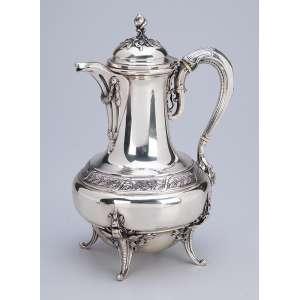 Bule para chá de prata. 26 cm de altura. Contraste cabeça de Mercúrio para a prata <br />francesa de teor 950 em uso a partir de 1878.