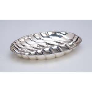 Covilhete em forma de folha. Manufatura Tiffany & Co. <br />Sterling Silver. 25 x 17,5 cm. Séc. XX.