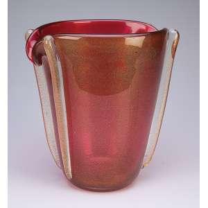 Vaso de cristal de Murano, rubi e pó d'oro. 27 cm de altura. Itália, déc. de 50.