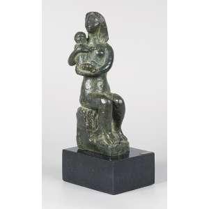 BRUNO GIORGI<br />Maternidade. Escultura de bronze sobre base de granito. Siglado no bronze. 31 cm de altura. <br />Coleção Augusto Velloso.