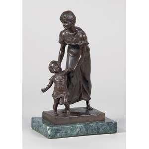 KOWALCZEWSKI<br />Mulher com criança andando. Escultura de bronze sobre base de mármore. <br />22 cm de altura. Europa, séc. XIX.