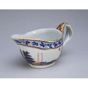Conde de Itamaraty Molheira de porcelana Cia das Índias, com predomínio cromático de azul, <br />laranja e dourado. 9 cm de altura. China, Qing Jiaqing (1796-1820).