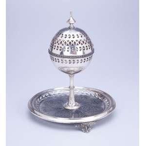 Incensório sacro de metal prateado. Esfera sobre salva de três pés. <br />Manufatura Richard Wright Manchestes. U.S.A. Séc. XIX.