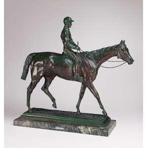 BONHEUR, Isidore<br />Le Grand Jockey. Escultura de bronze patinado. 66 x 25 x 75 cm. França, final do séc. XIX.<br />Reproduzido em Les Bronzes du XIX Siele.