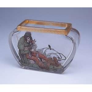 Vaso baixo de cristal, decorado com pintura policrômica retratando camponês. - 17 x 12 cm. Assinado O. Tanschek e monogramado NK. - Europa, séc. XX.