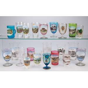 Coleção de 22 copos, taças e canecas de cristal, todos decorados com cenas iconográficas brasileiras. Séc. XX.